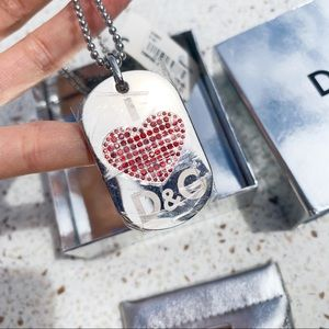 NWT Authentic Dolce & Gabanna Heart Necklace